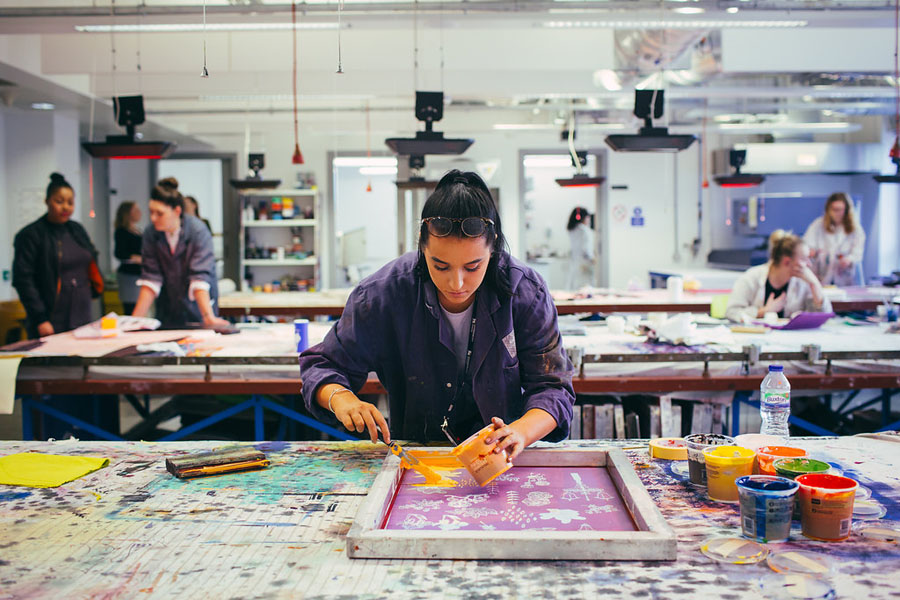 Diploma-in-Textile-Marketing